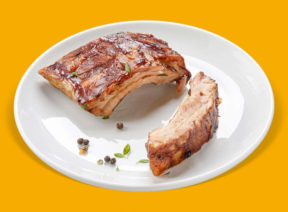 Печени свински ребра с BBQ сос