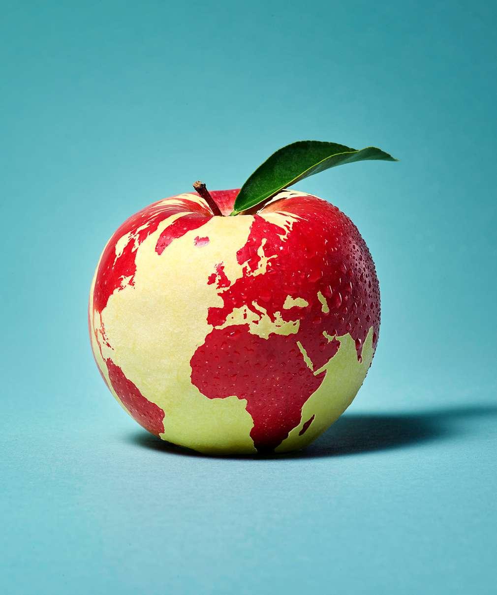 Изображение на земното кълбо във вид на ябълка