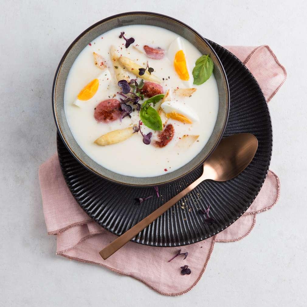 Zobrazit Chřestová polévka s klobáskou Salsiccia receptů