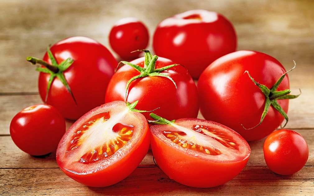 Červená rajčátka z Moravy