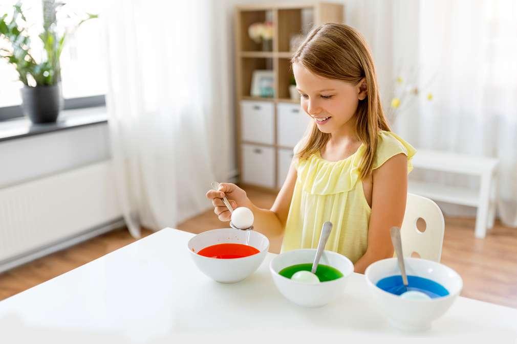 Eier mit Naturfarbe färben