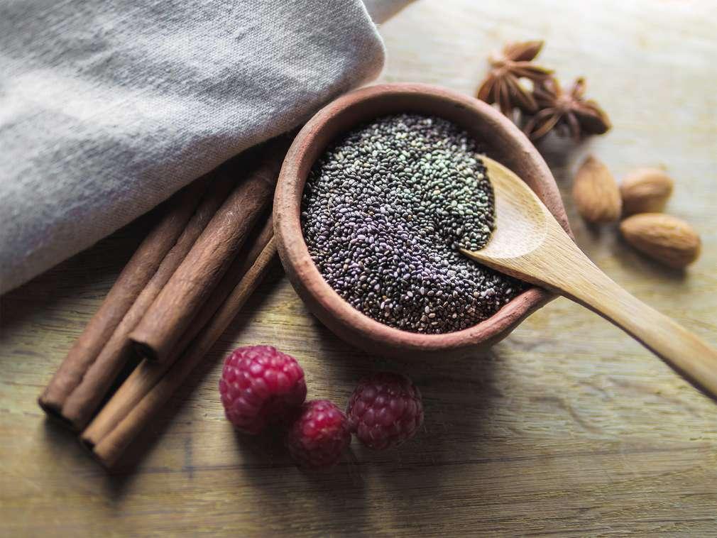 Chia Samen: kleine gesunde Power-Kügelchen