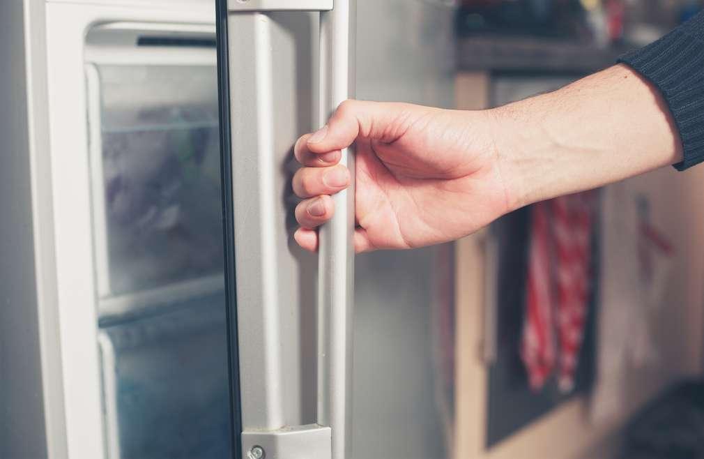 Gorenje Kühlschrank Kondenswasser Läuft Nicht Ab : Gefrierfach abtauen: so gehts richtig kaufland