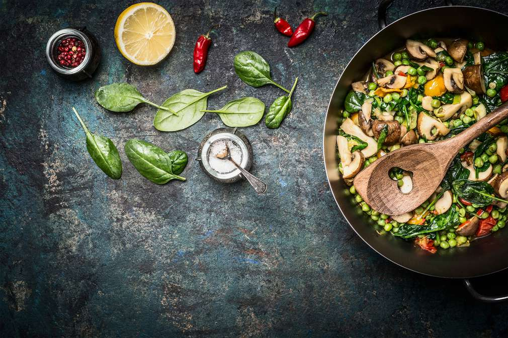 Gesund kochen: Mit diesen 5 Zubereitungsmethoden klappt's