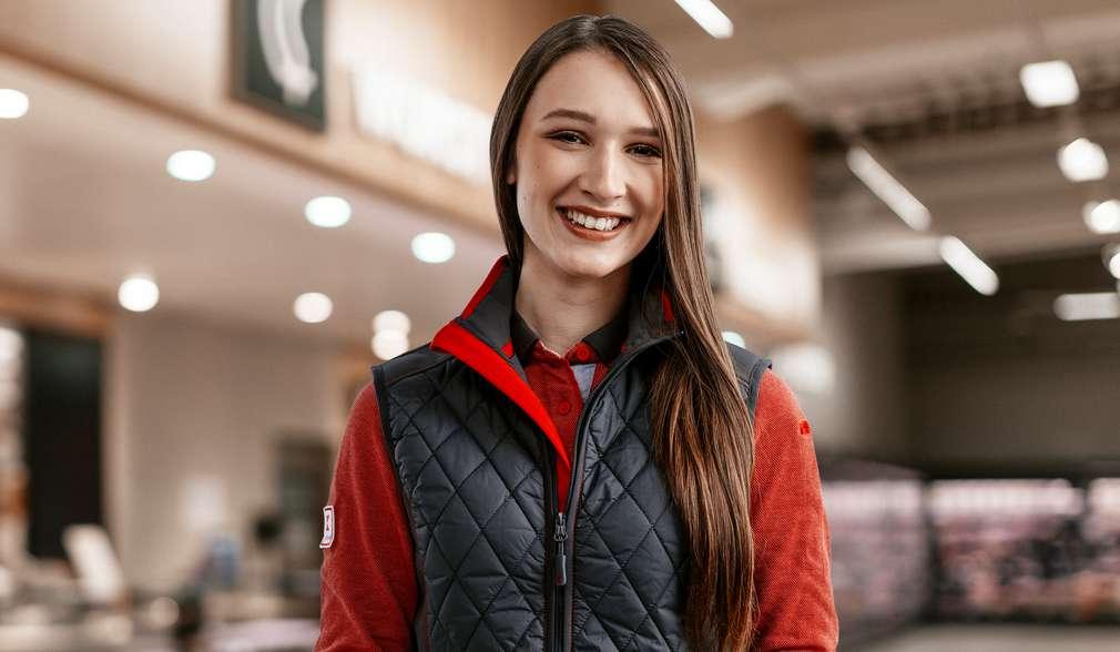 Laura erzählt von ihrem Abiturientenprogramm bei Kaufland.