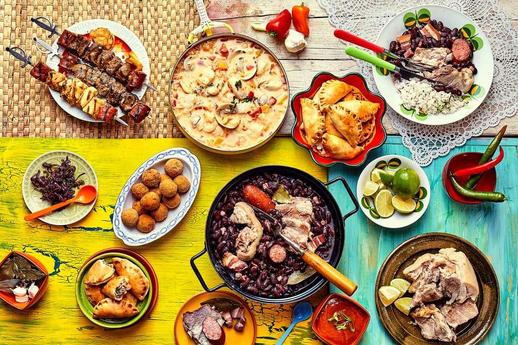 Von Käsebällchen bis zur Schokopraline: Temperamentvolle Snacks aus Brasilien