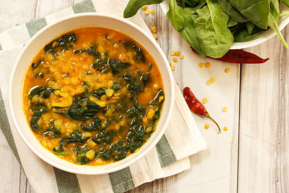 Zu Tisch mit Madame Cuisine: Indisches Linsen-Curry mit Spinat