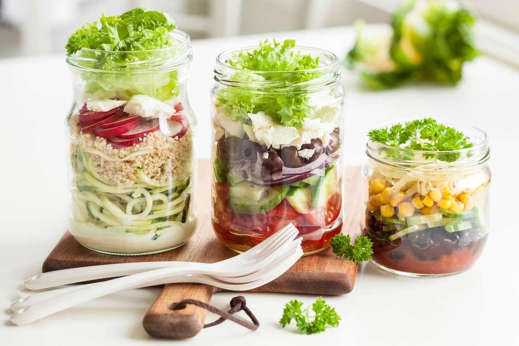 Der Hitze trotzen: So bleibt Salat auch ohne Kühlung knackig frisch
