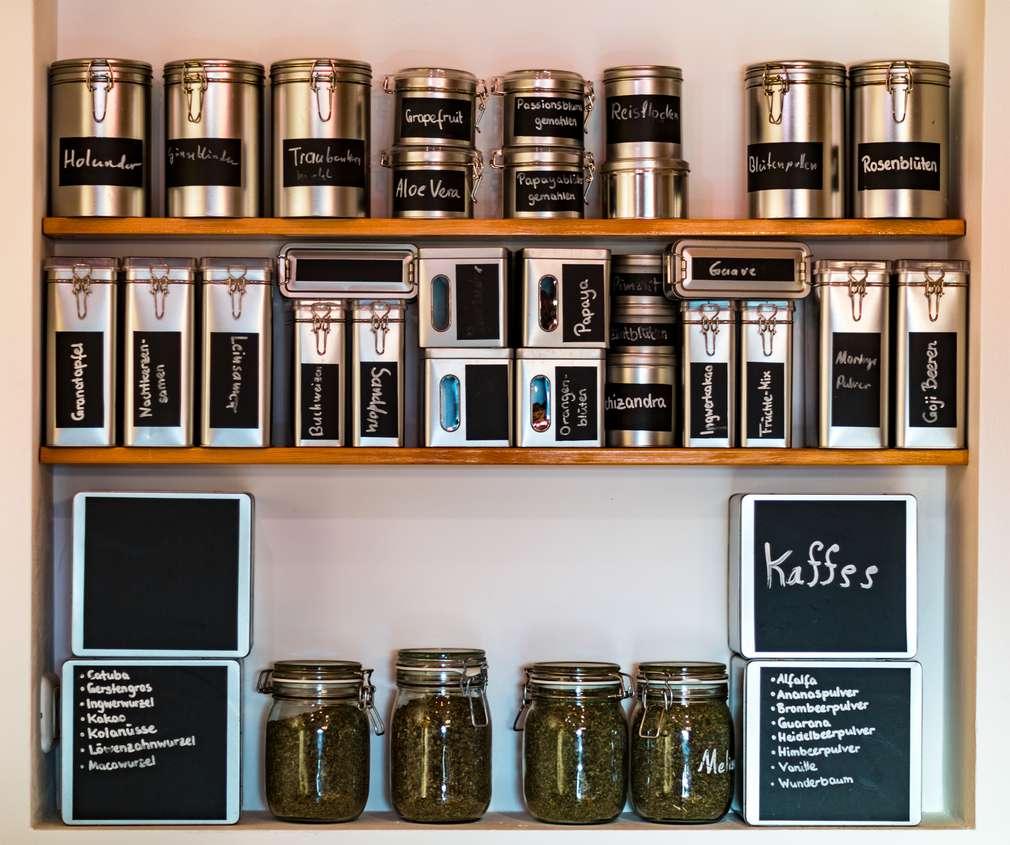 Kaffee und Tee aufbewahren: Nur kein Licht!