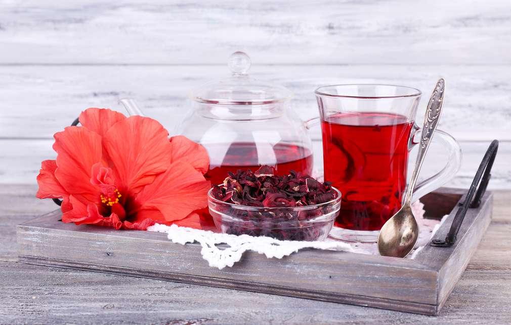 Tee gegen Bluthochdruck: Schon drei Tassen täglich schützen das Herz