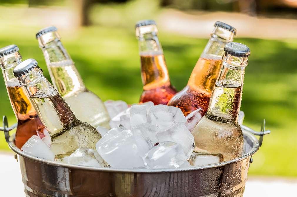 Von Cola bis Wein: Welche Getränke sind wirklich vegan?