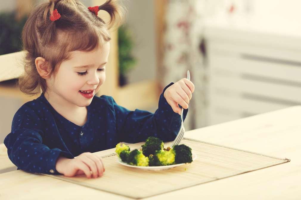 Brauchen Kinder wirklich Fleisch – oder geht's auch komplett ohne?