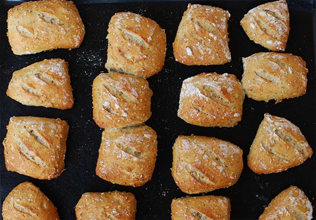 Zu Tisch mit zorra: Tipps für knusprige und luftige Brötchen