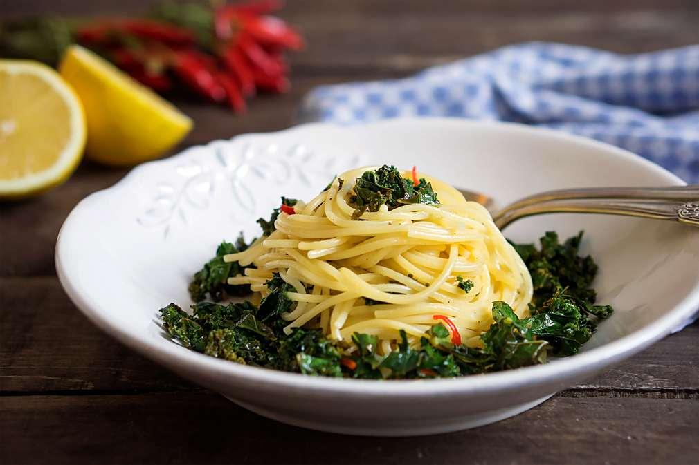 Zu Tisch mit Madame Cuisine: Spaghetti aglio e olio mit Grünkohl