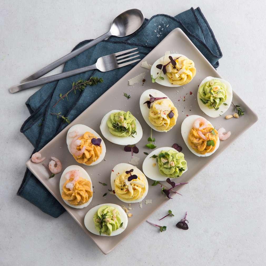 Ouă umplute cu trei ingrediente