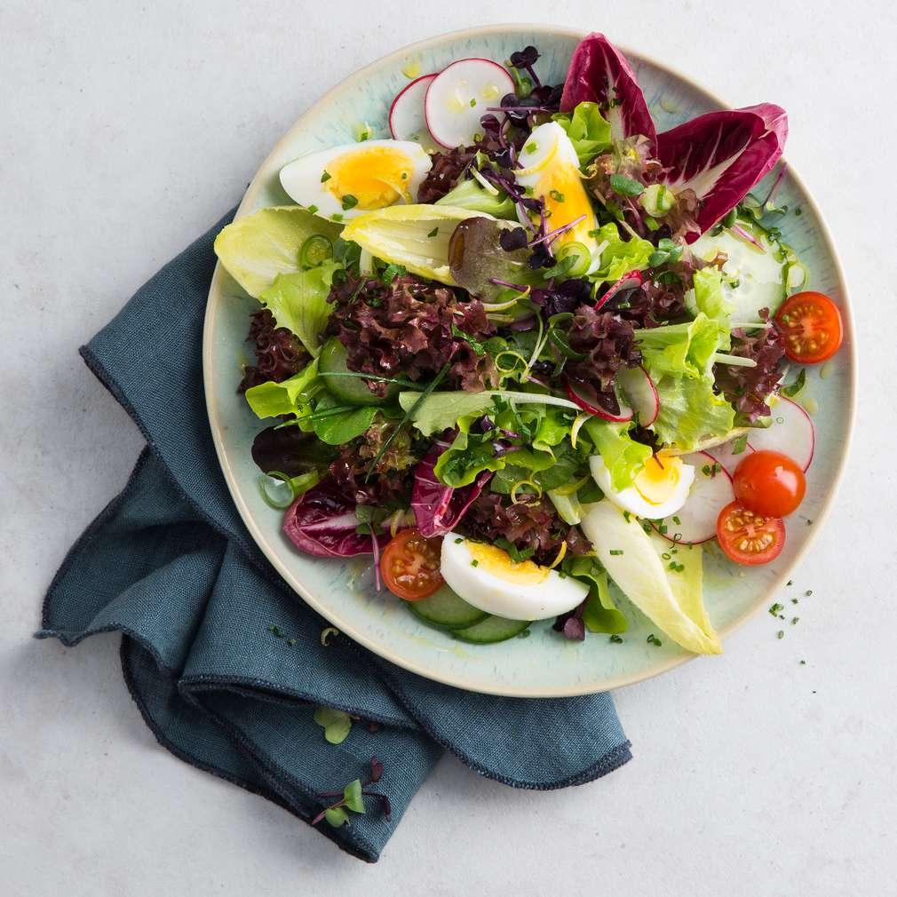 Abbildung des Rezepts Frühlingssalat mit Zitronenvinaigrette