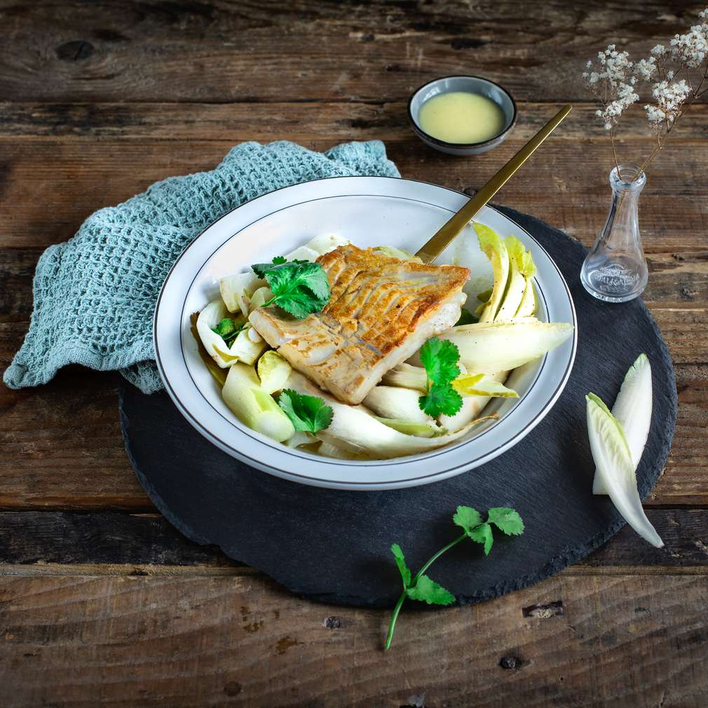 Fotografija recepta Pečeni losos s radičem i komoračem