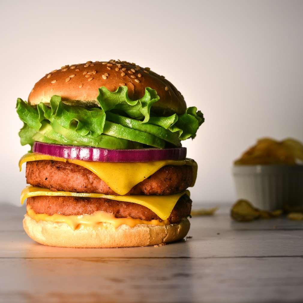 Fotografija recepta Biljni burger s avokadom