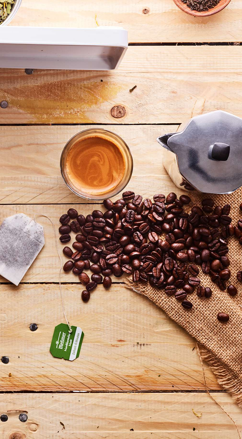 Kava, čaj, slatkiši, grickalice