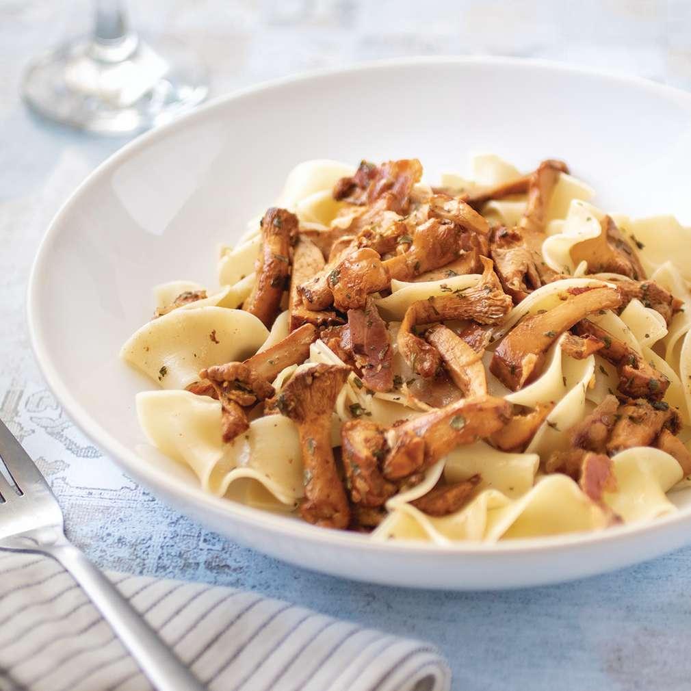 Fotografija recepta Sotirane lisičarke sa slaninom