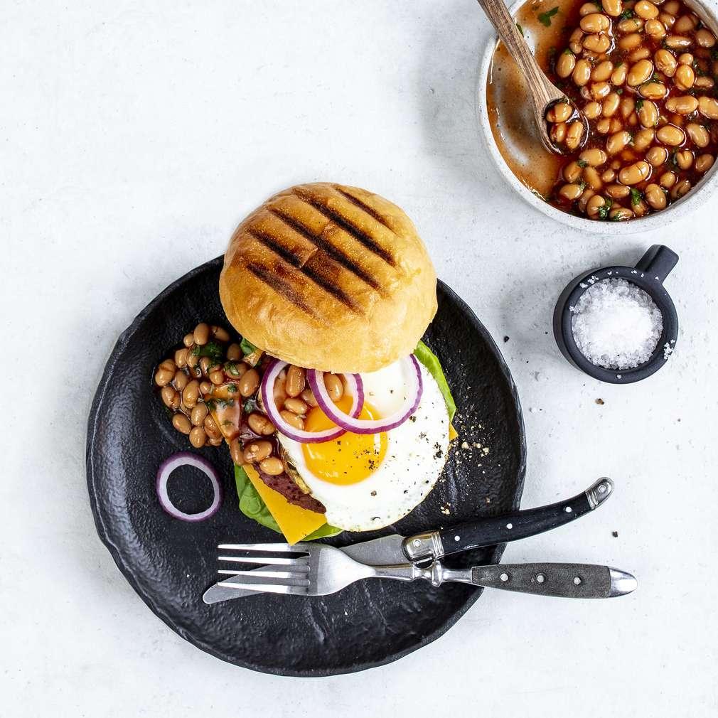 Zdjęcie przepisu Wegetariański burger na śniadanie