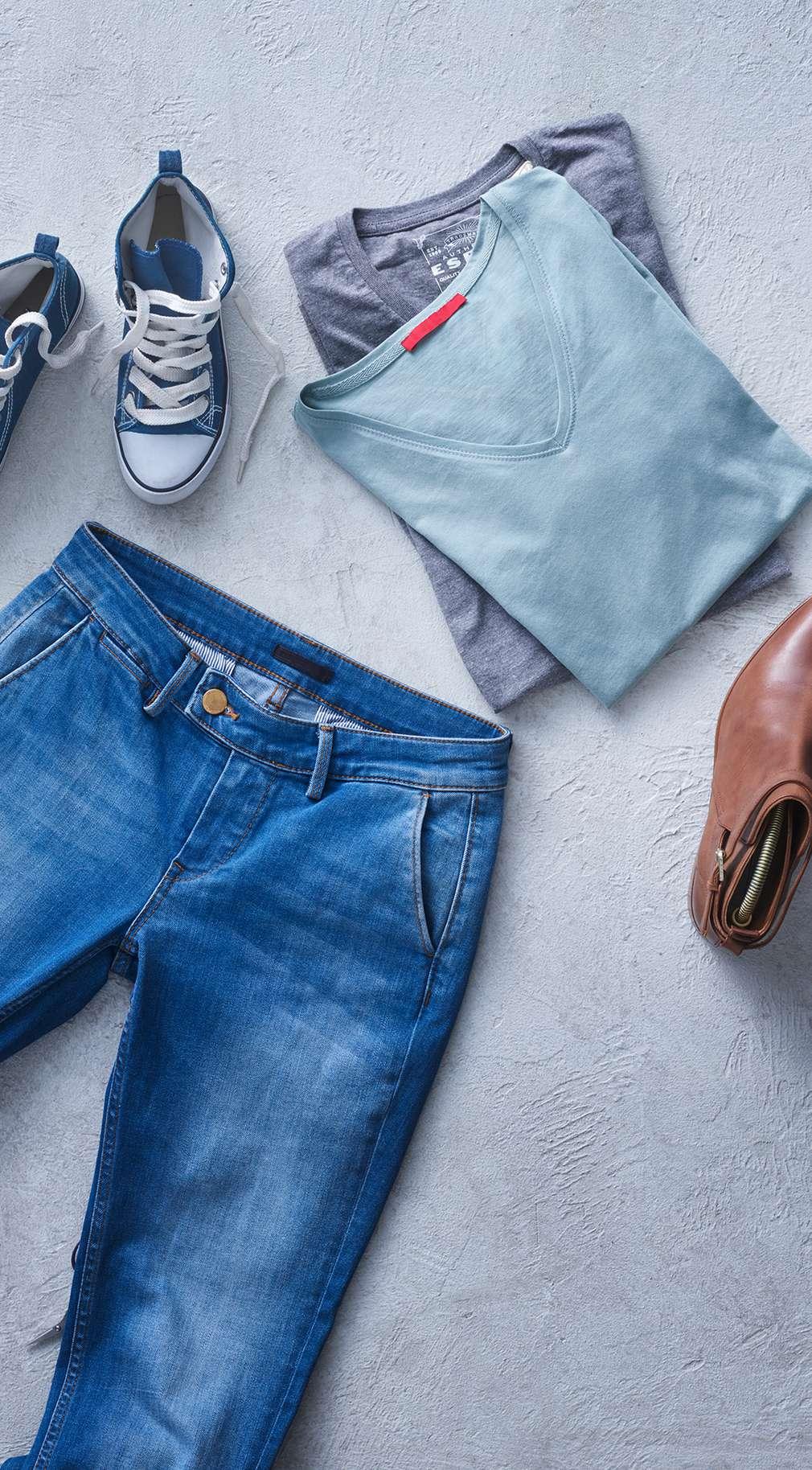 Oferte la haine, pantofi, accesorii