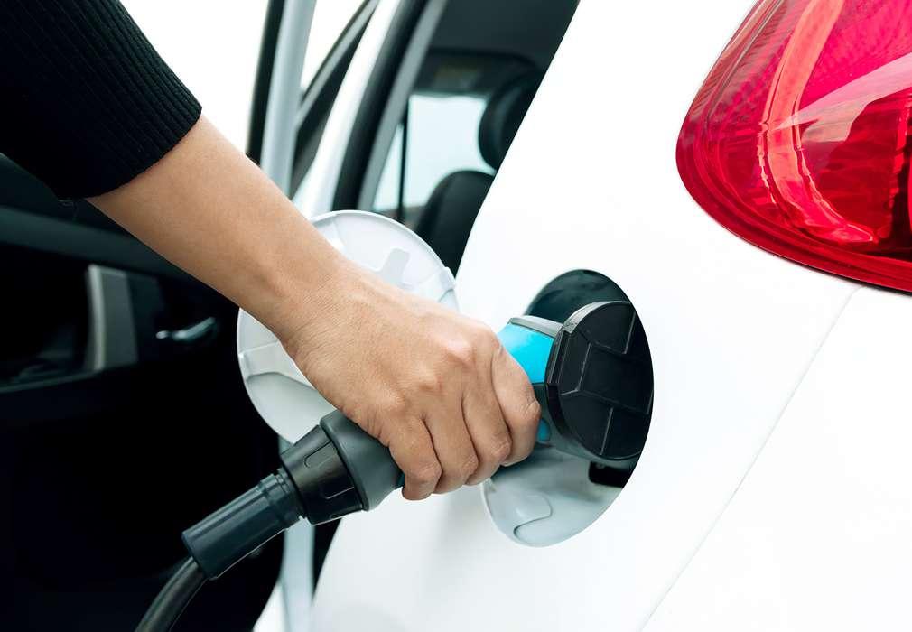 Stații încărcare mașini electrice