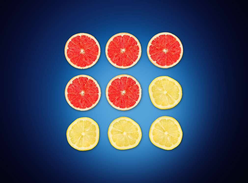 Žlté a červené pomaranče znázorňujú zbieranie bodov