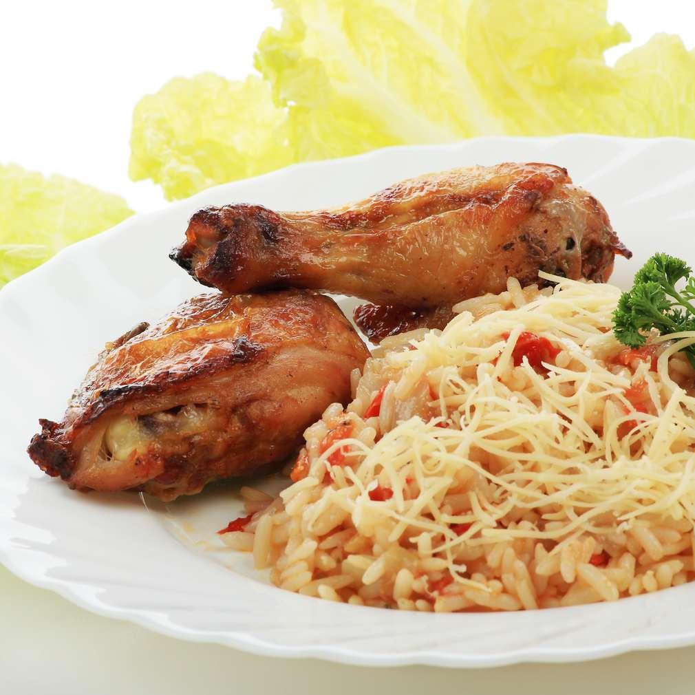 Imaginea rețetei Pui cu orez și varză
