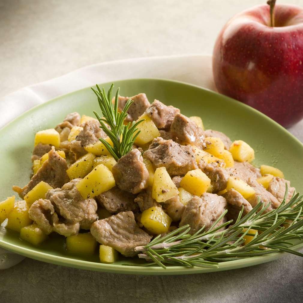 Imaginea rețetei Carne de vițel cu mere