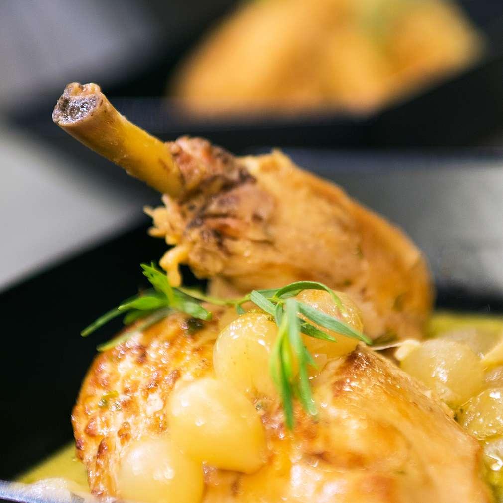 Изобразяване на рецептата Пиле с естрагон и бяло вино