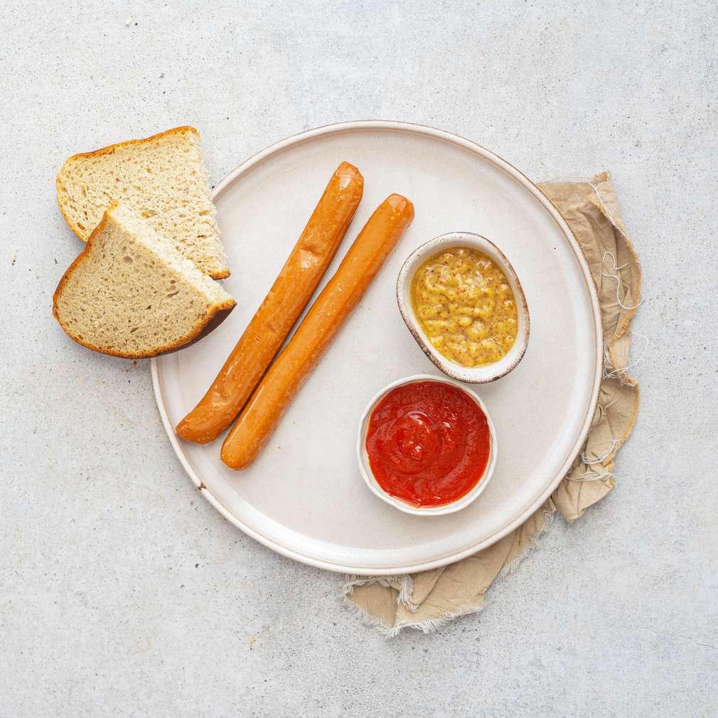 Zobrazit Grilované párky s hořčicí a kečupem receptů
