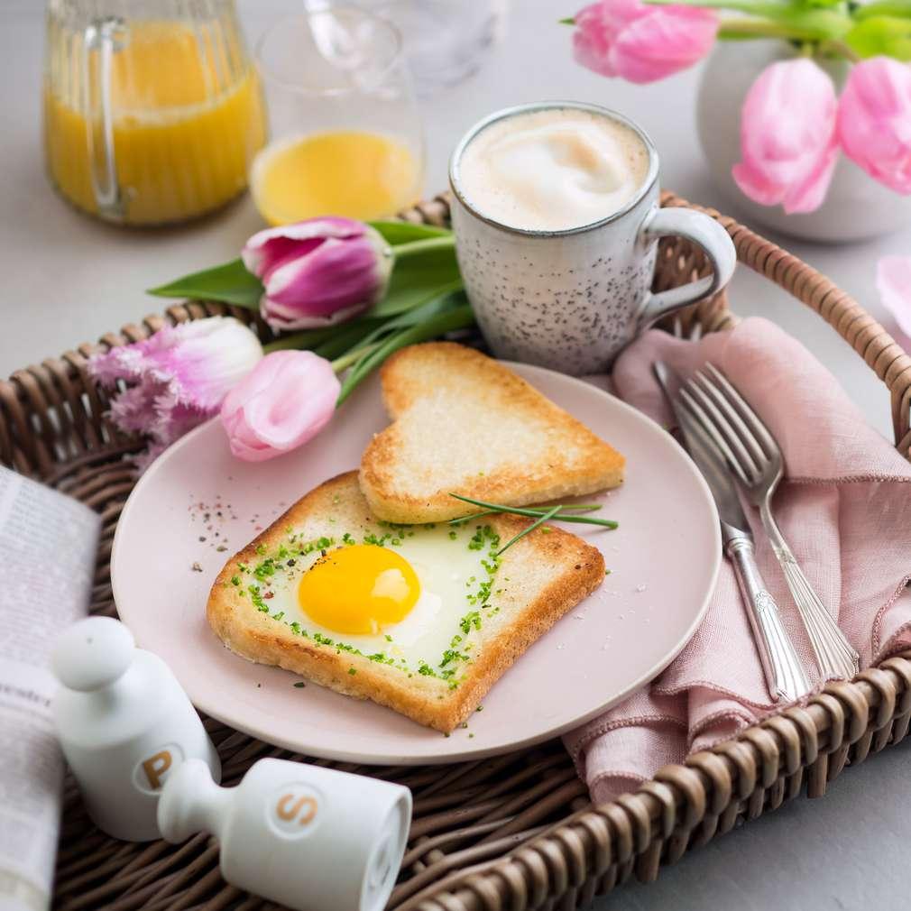 Imaginea rețetei Sendvișuri toast în formă de inimi