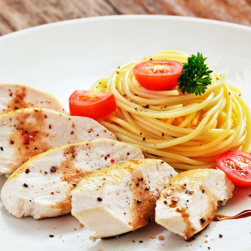 Imaginea rețetei Pui cu spaghete