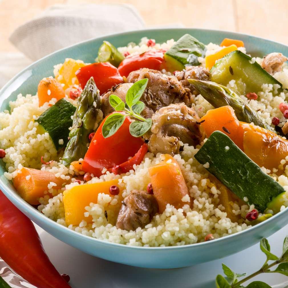 Cuș-cuș cu carne și legume