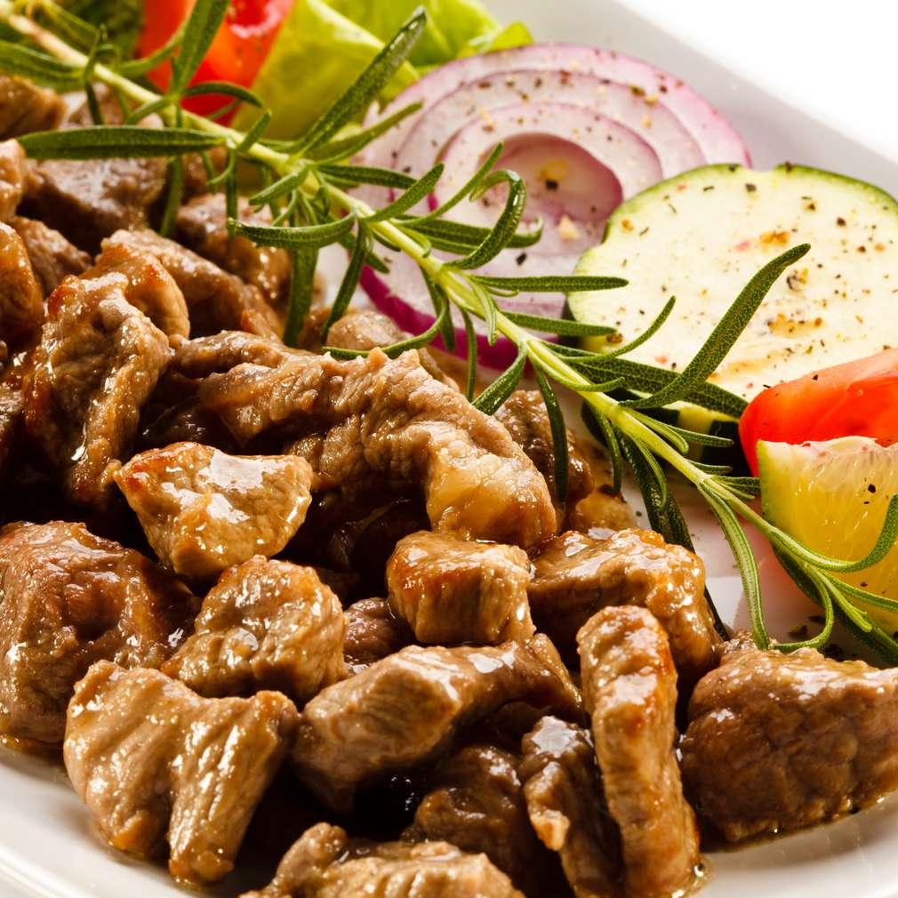Imaginea rețetei Beef stroganoff cu legume proaspete