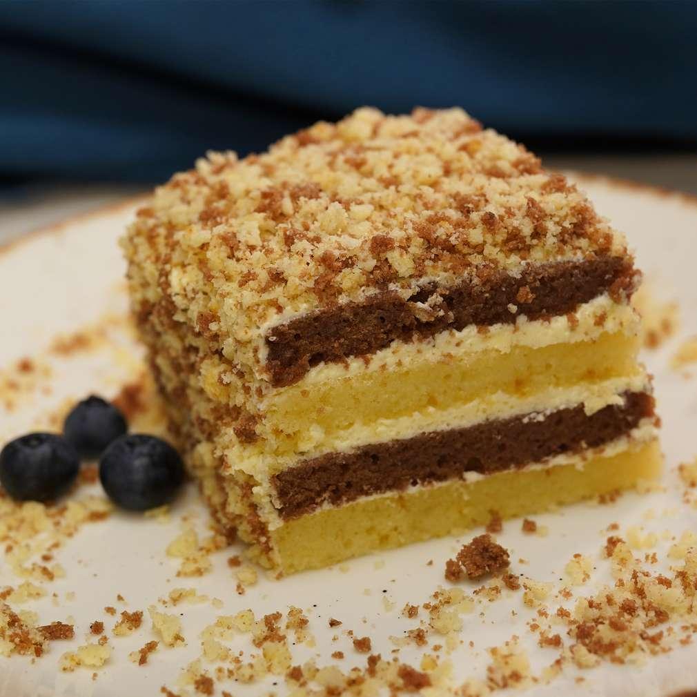 Изобразяване на рецептата Двуцветна торта