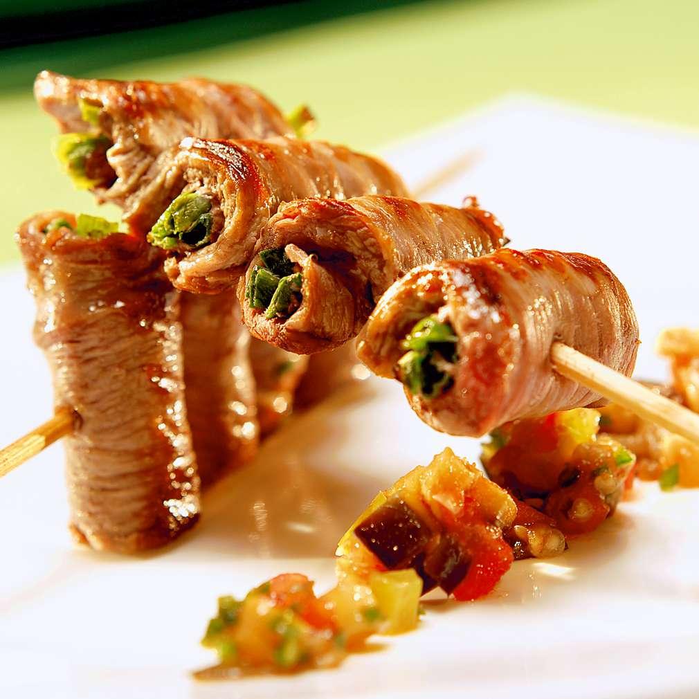 Изобразяване на рецептата Агнешки шишчета с топла салата от патладжани