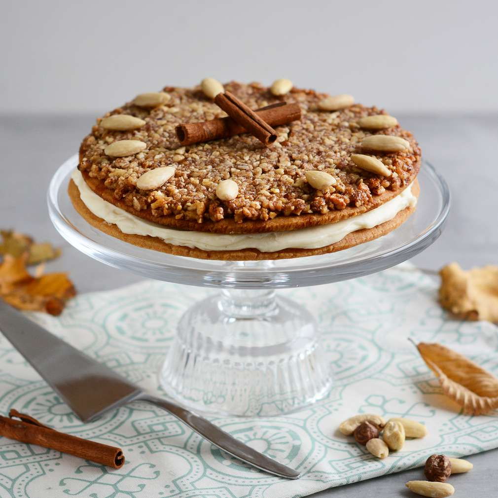 Zobrazenie receptu Medovo-orechový koláč s mascarpone krémom