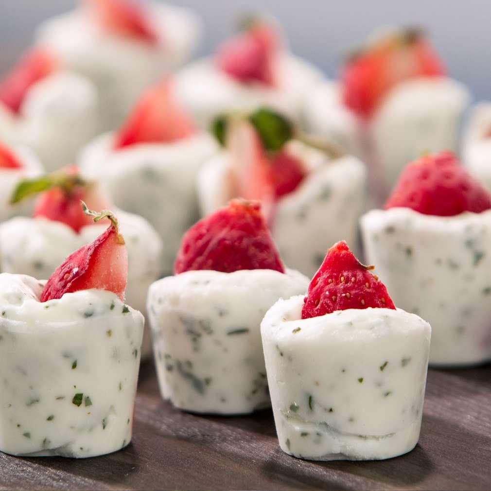 Изобразяване на рецептата Замразени ягодови хапки