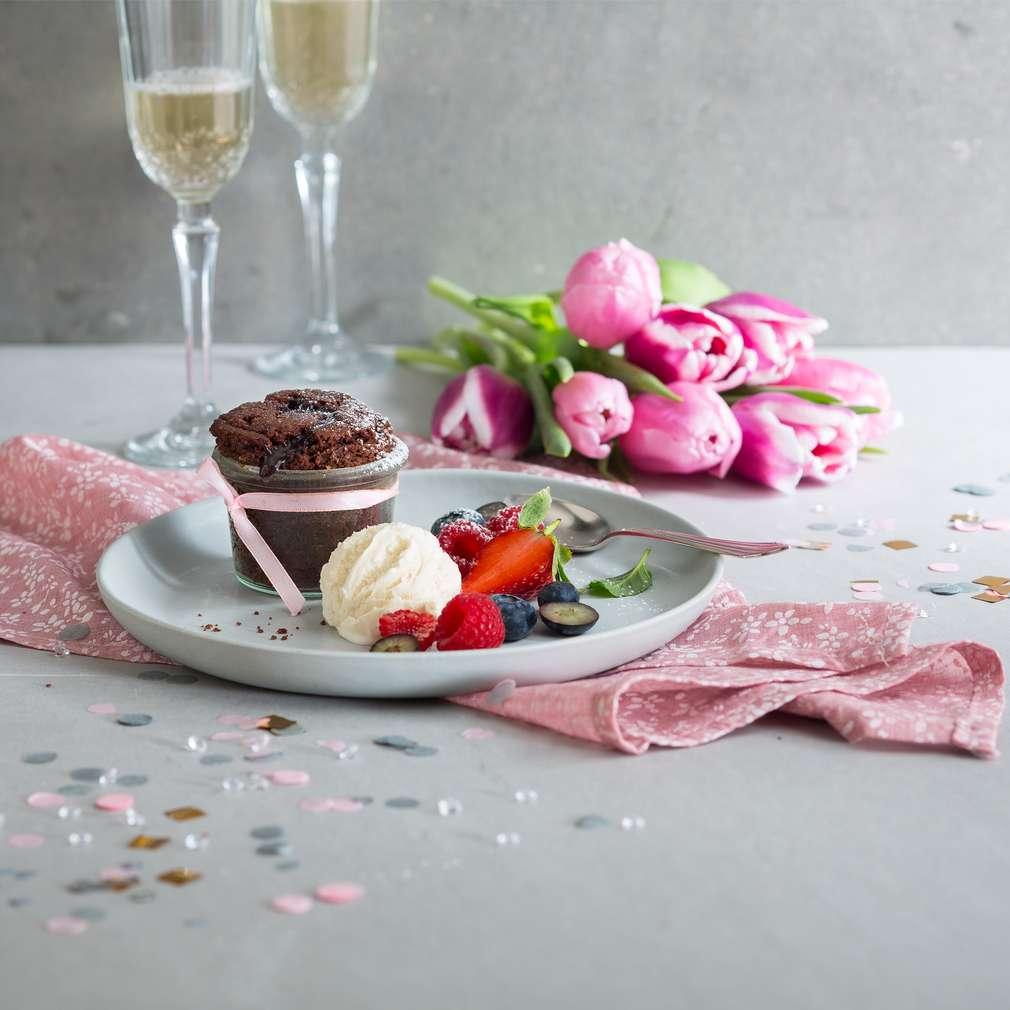 Изобразяване на рецептата Шоколадов сладкиш в чаша