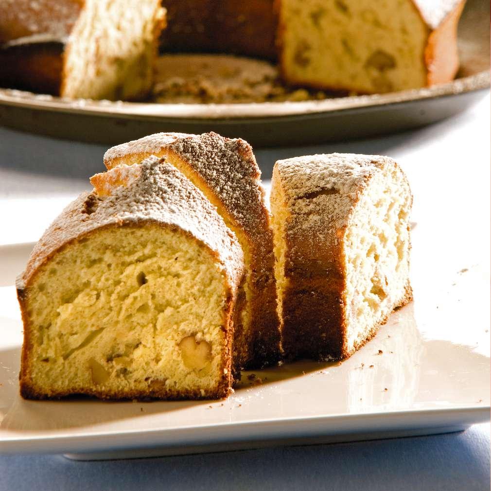 Изобразяване на рецептата Орехов кекс с фурми