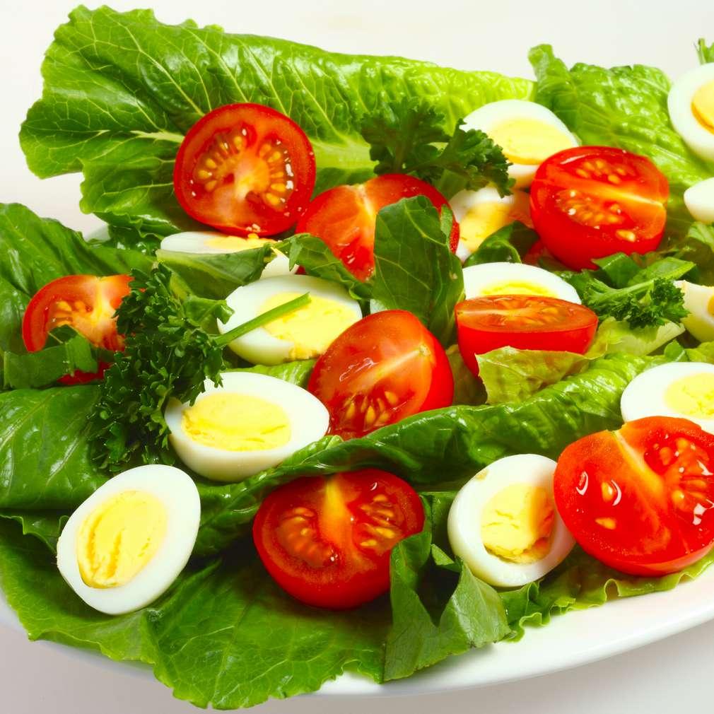 Salată cu ouă