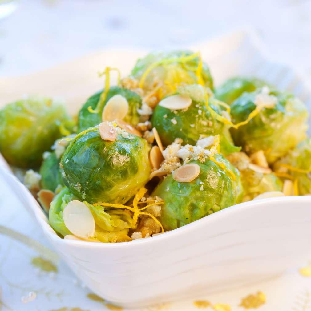 Salată de varză de Bruxelles