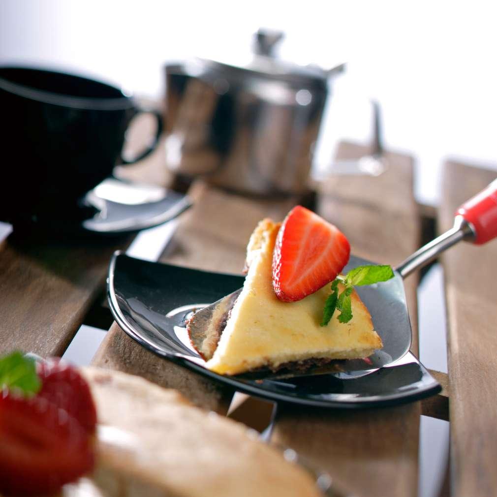 Изобразяване на рецептата Ягодов пай с ванилов сос