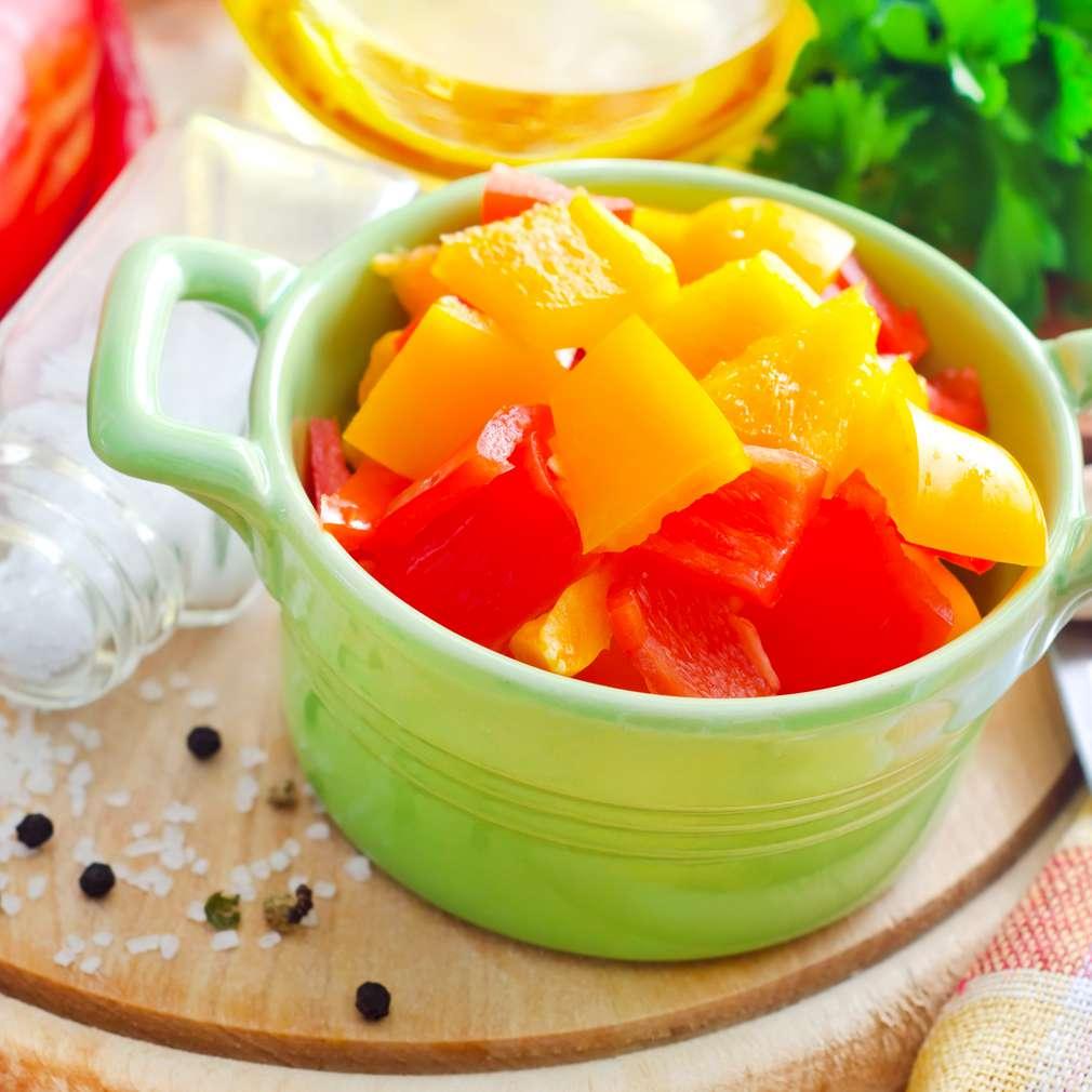Imaginea rețetei Salată de ardei