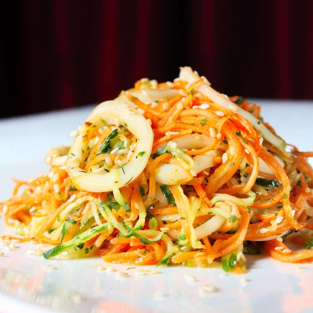 Imaginea rețetei Salată cu rondele de calamar