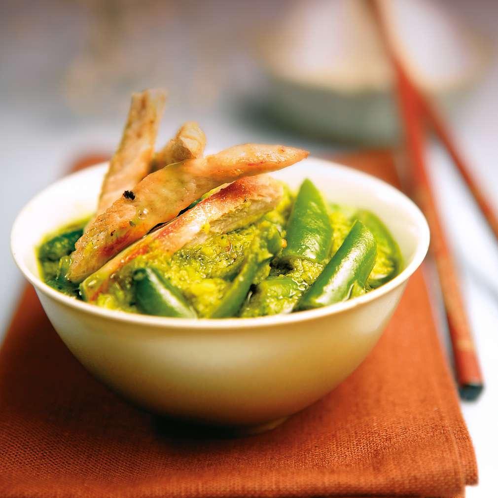 Изобразяване на рецептата Пиле със зелено къри