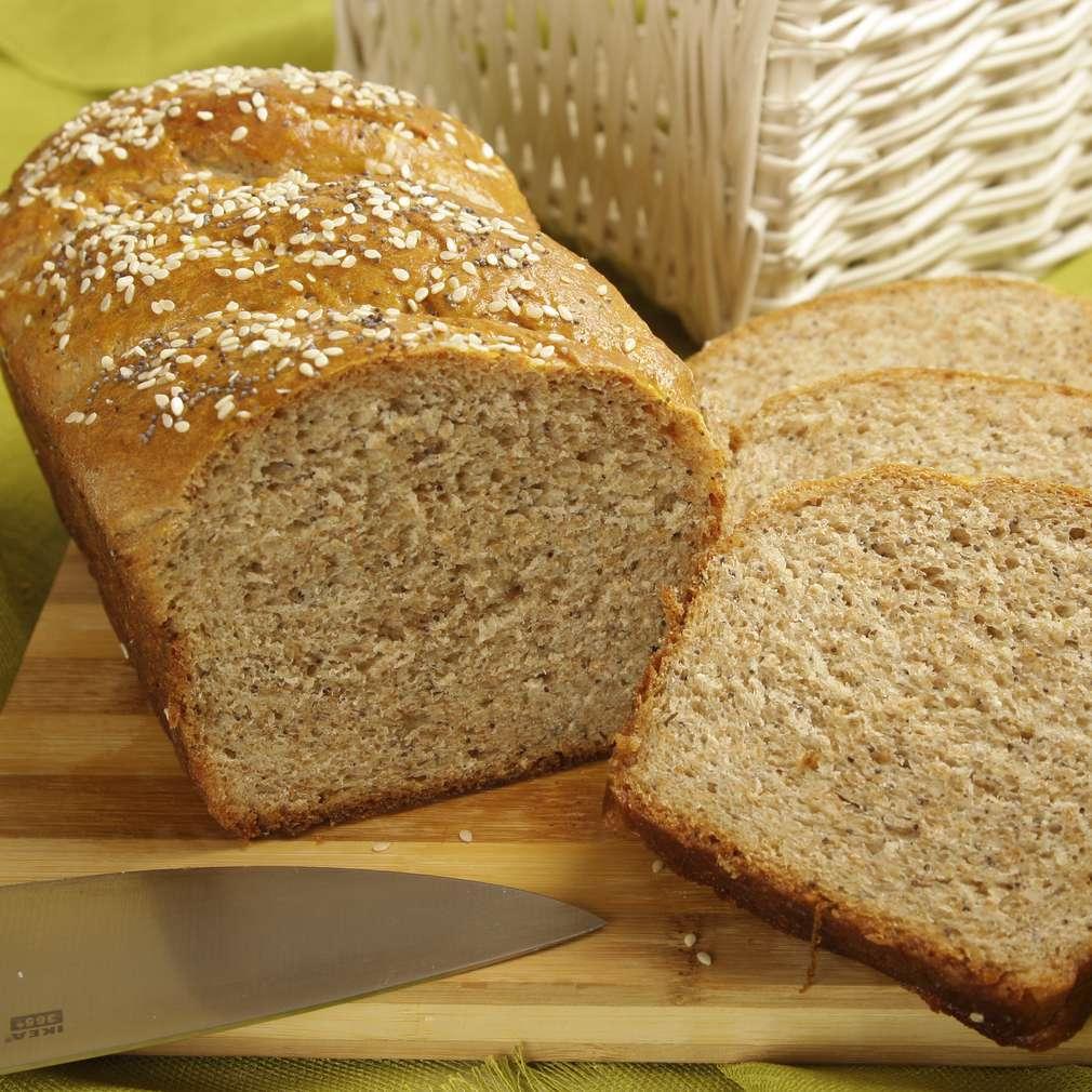 Imaginea rețetei Pâine cu tărâțe, susan și mac