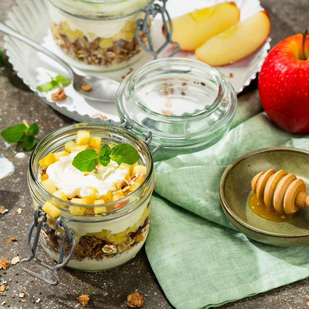 Abbildung des Rezepts Gebratene Äpfel mit Müsli-Quark